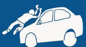 Idosa é atropelada por carro ao atravessar avenida no Centro de Osvaldo Cruz