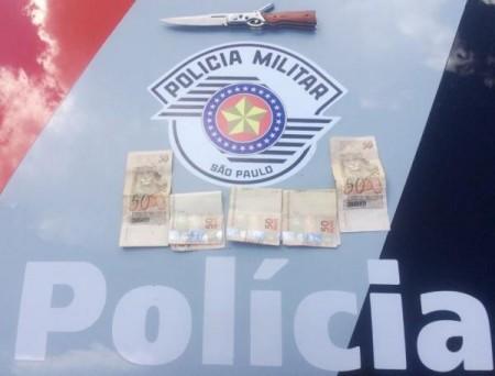 Vestido de mulher e armado com canivete, indivíduo comete roubo e é preso pela Polícia Militar