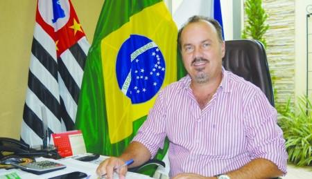 Mazucato anuncia a liberação do Estádio Breno Ribeiro do Val para o público
