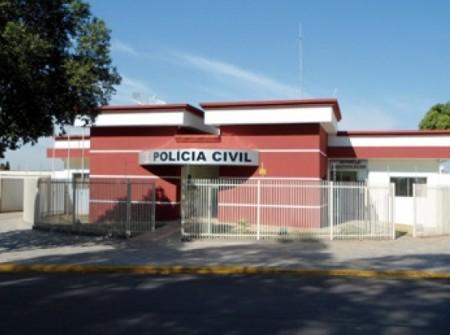 Ladrões furtam aparelhos de som e dinheiro de moradia na zona rural de Bastos