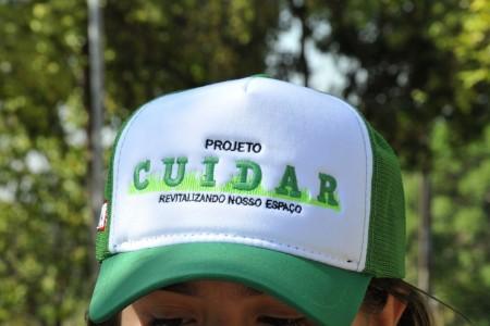 Projeto com alunos da Escola Sesi de Osvaldo Cruz revitaliza praça do Nosso Teto
