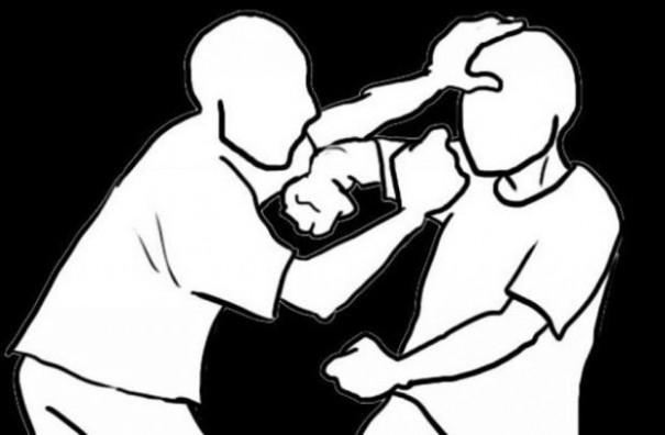 Irmãos se desentendem e um agride o outro na Vila São José